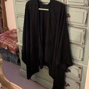 Uniqlo shawl
